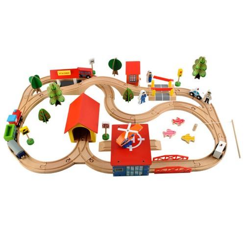 Petit train en bois circuit de construction 69 pièces dès 3 ans